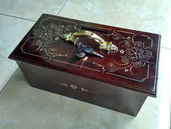 Jual Kotak Amal / Celengan Uang Kayu + Kunci - Kab. Jepara ...