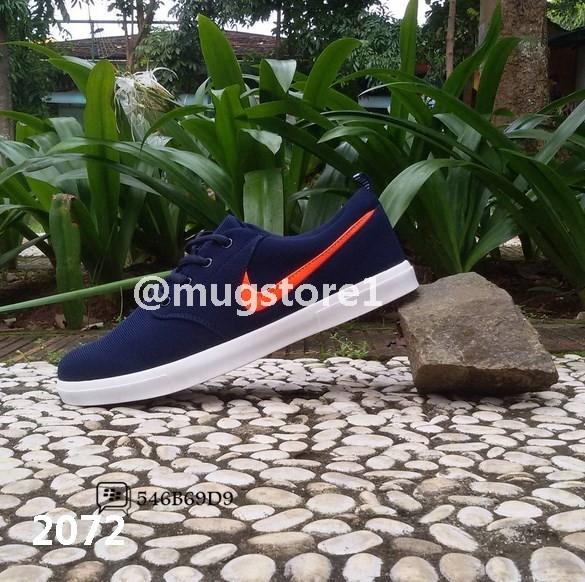 Sepatu Nike SB Janoski Cowok/Man - MS2072