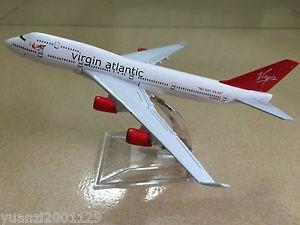 New in Box Virgin Atlantic Jumbo Virgin Boeing 747 Diecast Model with stand