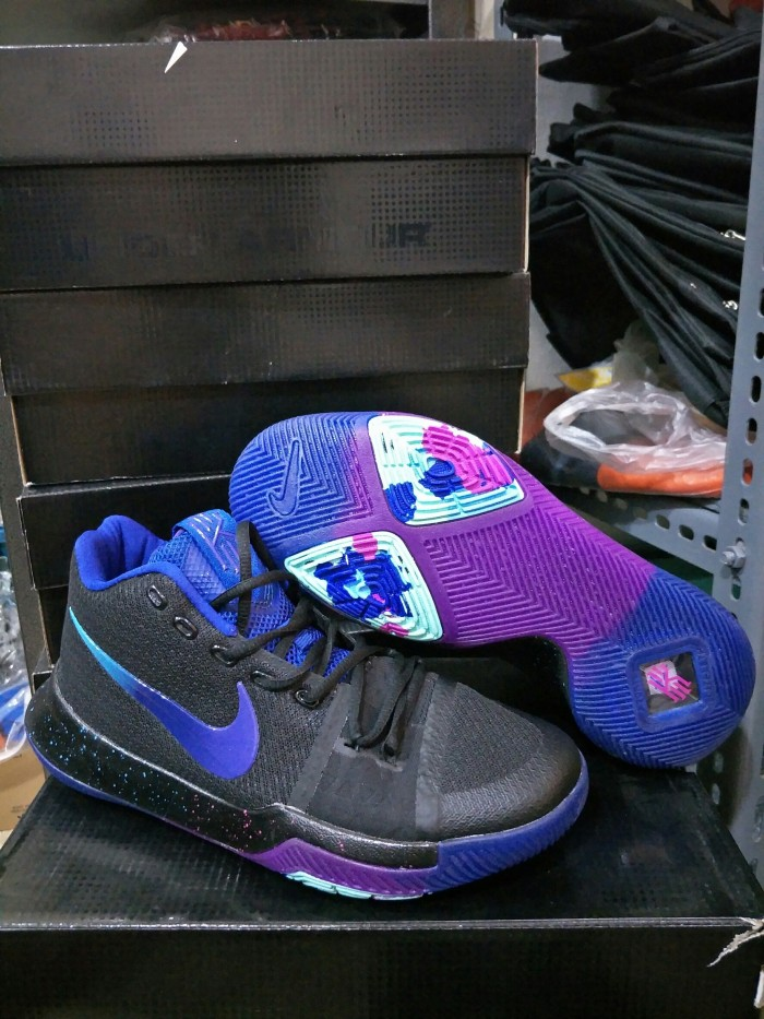 87d0a0cac79a Jual Sepatu Basket Nike Kyrie 3 Flip The Switch - thejjsport