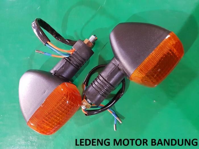 harga Lampu sen thunder 125cc sein assy kw bukan original suzuki sgp Tokopedia.com