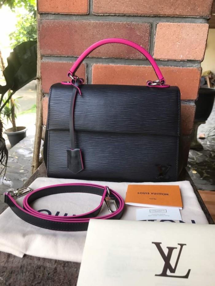 Tas LV Louis Vuitton Cluny BB Epi Noir Pink Asli   Ori   Authentic d1f5ab17da