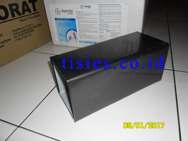harga Wadah umpan/ lem tikus glue box Tokopedia.com