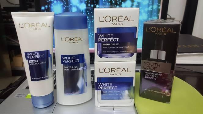 harga L'oreal paket hemat lengkap white perfect Tokopedia.com