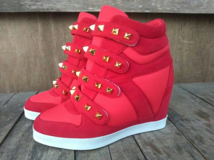 harga Sepatu wanita sneaker wedges merah heels boots nike adidas kets Tokopedia.com
