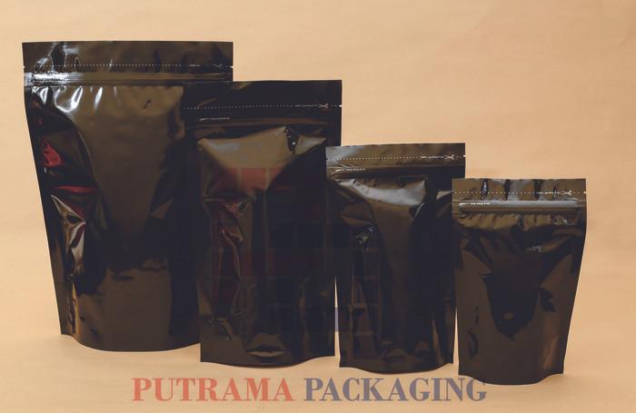 harga Stand up pouch aluminium foil hitam 14x23 cm + zipper Tokopedia.com