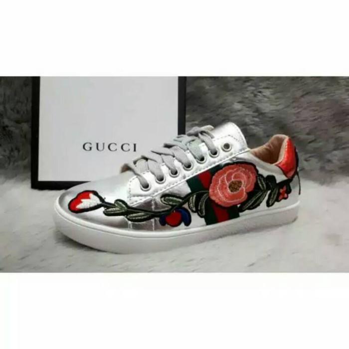4587accbfbb Jual Gucci Flower Shoes Zhafirah Butik Tokopedia