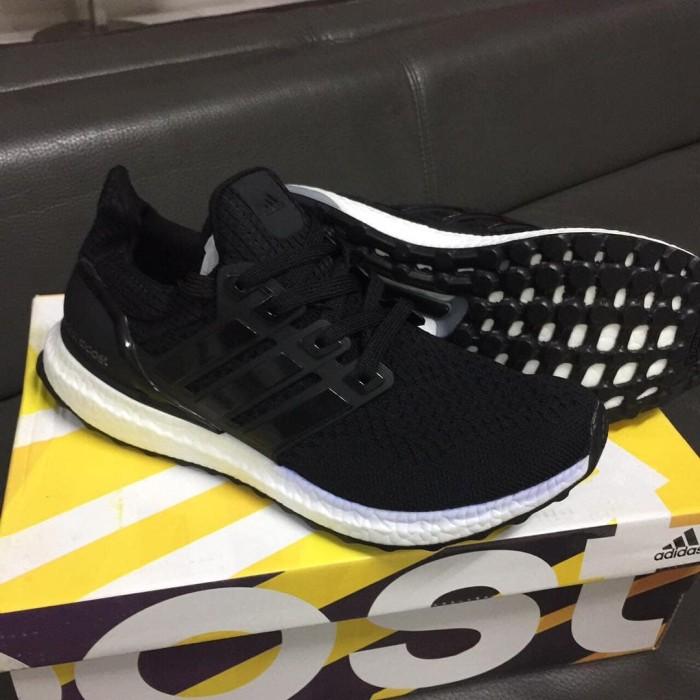 Jual Sepatu Adidas Ultra Boost 2.0 Premium Original Ultraboost Black ... cb8b85e6c5