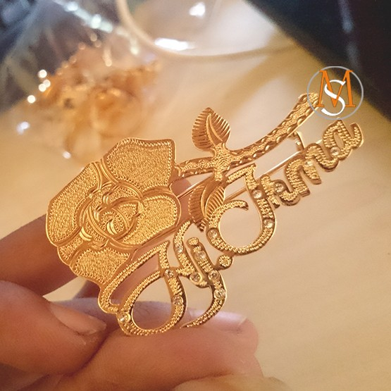 harga Bross nama – pin nama – motif bunga -  bros cetak nama Tokopedia.com