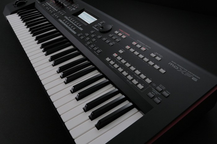harga Moxf6 / moxf 6 / mo xf6 / mo xf 6 keyboard synthesizer yamaha Tokopedia.com