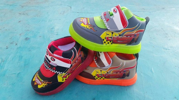 harga Sepatu lampu mcqueen cars led lamp shoes baby anak children boot murah Tokopedia.com