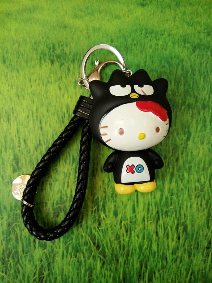 harga Bagcharm hello kitty sanrio hat badtz maru - gantungan tas Tokopedia.com