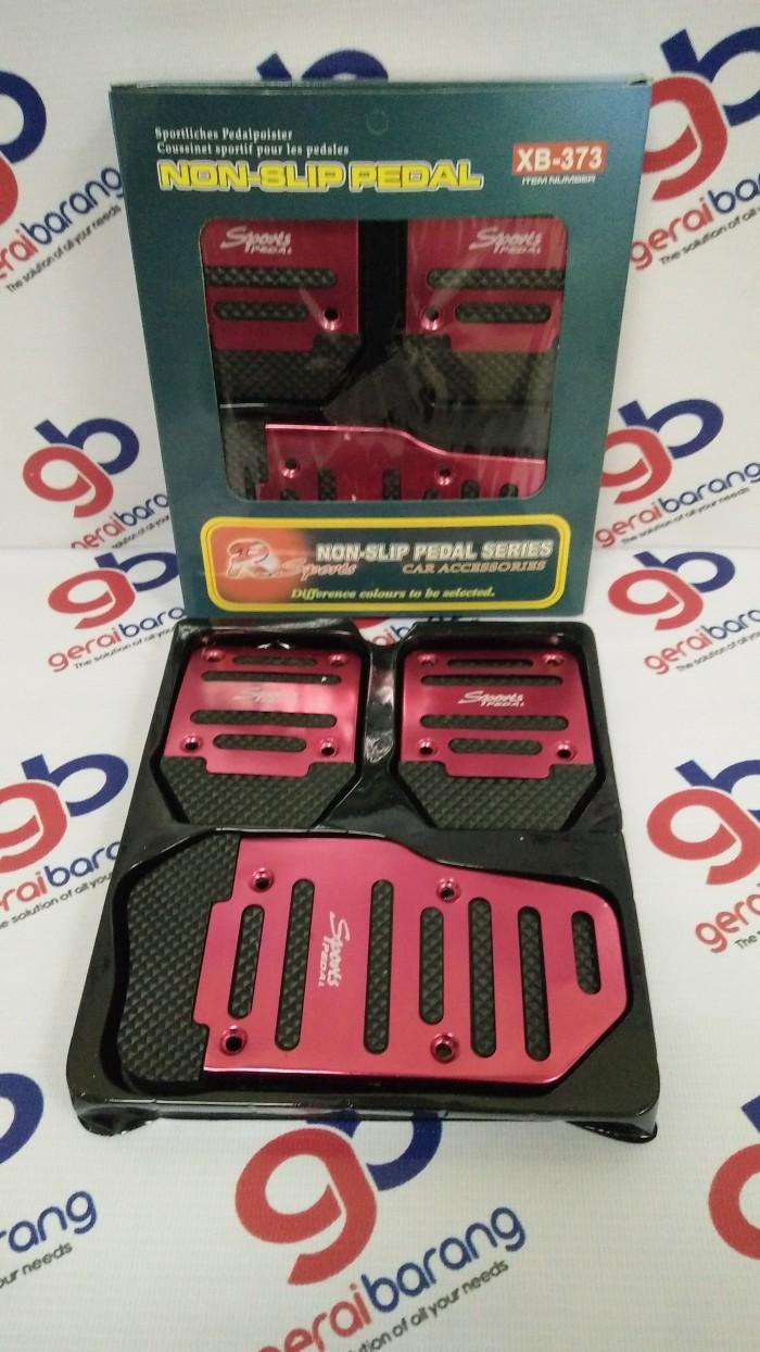 Cover pedal gas mobil transmisi manual aluminium