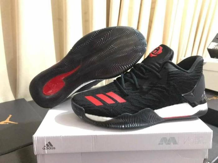harga Sepatu basket adidas rose 7 low away black red Tokopedia.com