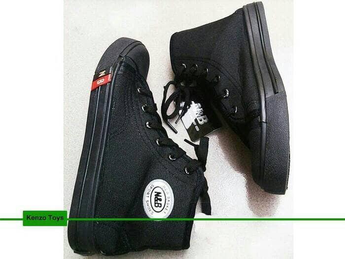 harga Sepatu anak sekolah sd smp sma nb warna hitam boot tali murah ori Tokopedia.com