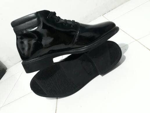 harga Sepatu Pdh Jatah Atau Pembagian Polri Tokopedia.com