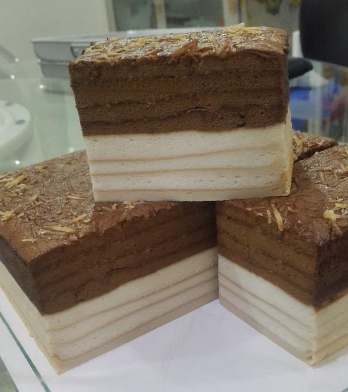 Jual Kue Lapis Putih Telur Moccakeju Kota Pontianak Homemade Ms Cakery Tokopedia