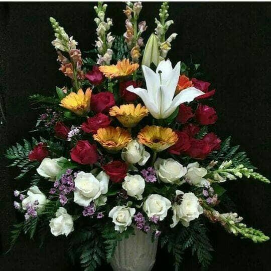 Bunga Meja Untuk Hiasan Ruang Tamu Kantor Gedung Hotel Restaurant Dll