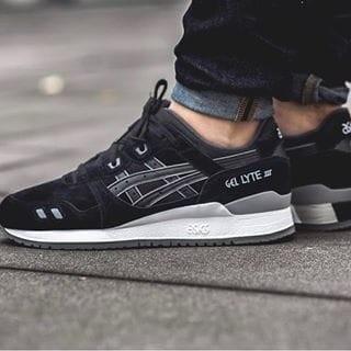 Sepatu asics pria gel lyte iii puddle pack black white premium quality