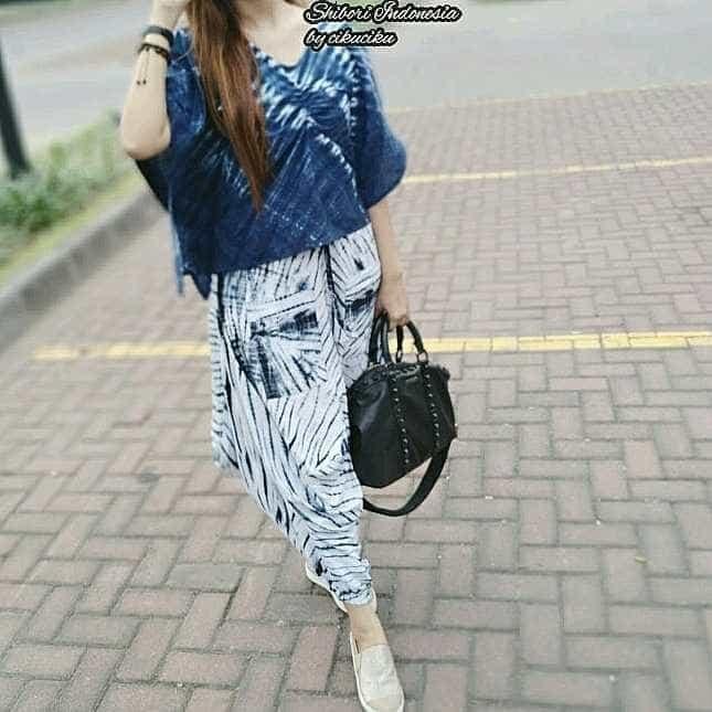 harga Batik modern/jumputan batik/shibori/batik remaja/blouse batik Tokopedia.com