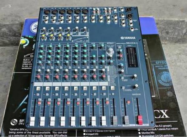 harga Mixer audio yamaha 124cx Tokopedia.com