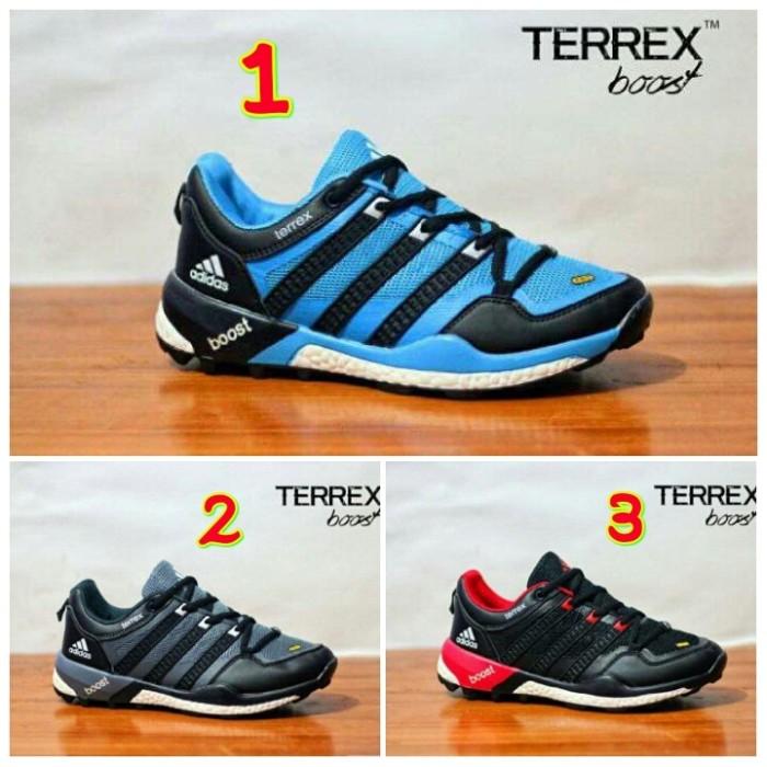 harga Sepatu Pria Sneakers Adidas Terrex Boost Import Made Vietnam Tokopedia.com