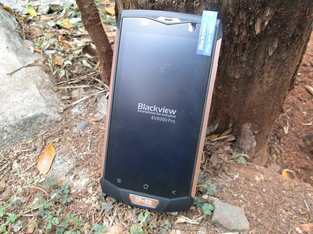 harga Hape outdoor blackview bv8000 pro new ram 6gb 4g lte ip68 certified Tokopedia.com