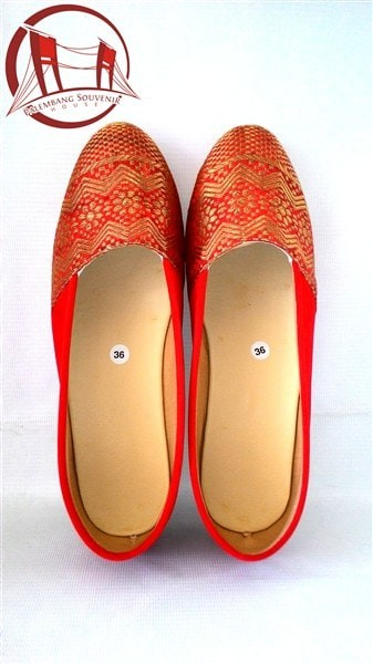 Sepatu Songket Palembang Merah Ukuran 36 - Blanja.com