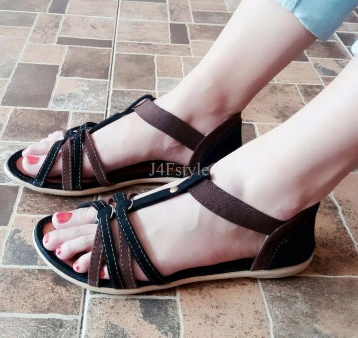 Home · Grivera Sepatu Wanita Flat Shoes Laser My81 Tan; Page - 2. SDL 34 Sandal Wanita Flat Tali Sendal Sepatu Wanita