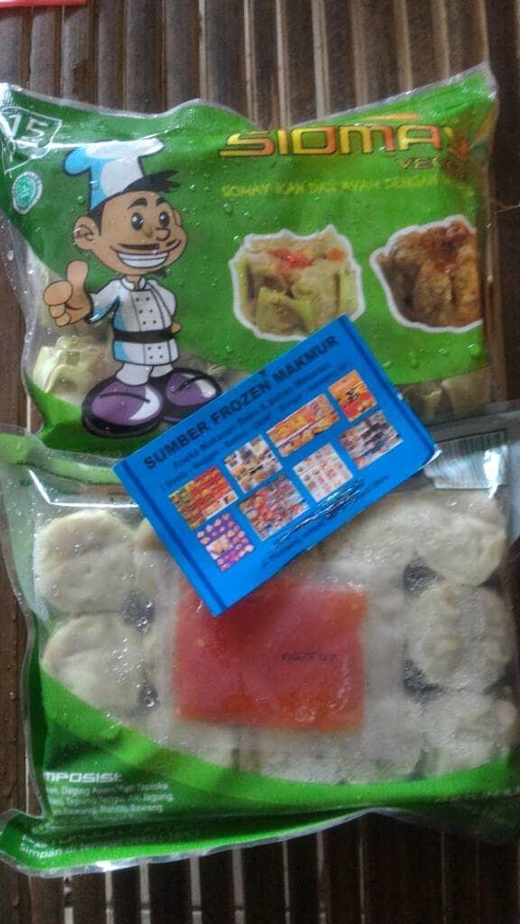 harga Siomay ayam dan sayuran vege + saos umami. sumber frozen makmur Tokopedia.com