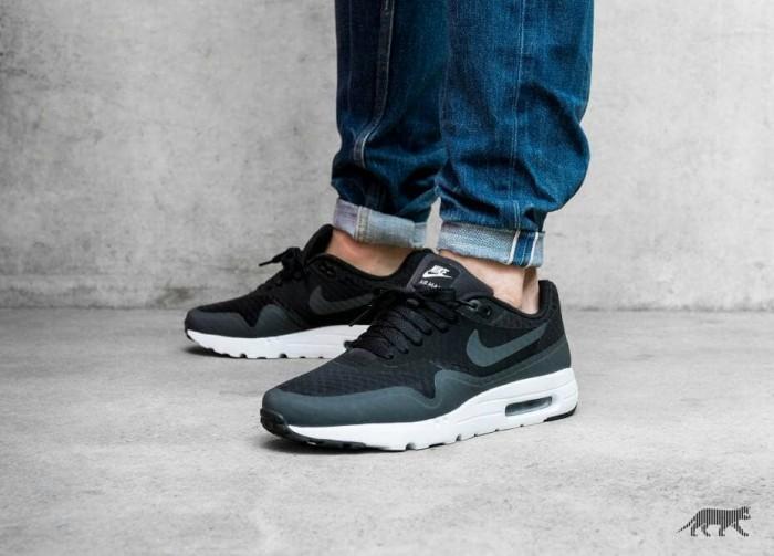 half off feb46 36a10 sepatu nike air max 1 ultra essential