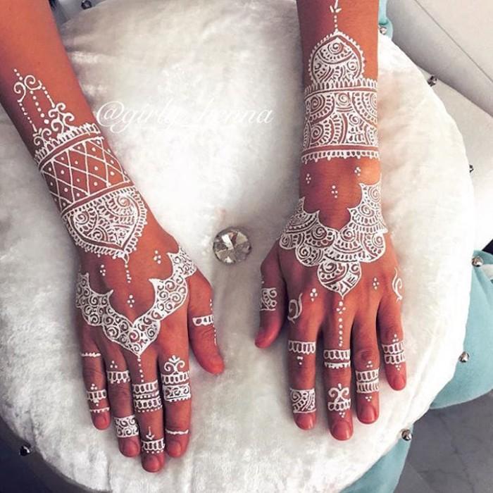 Jual Henna Putih Premium Tahan 3 Hari 1 2 Box Isi 6pcs Itc Henna