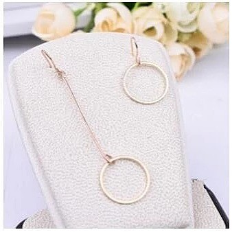 Anting asimetris simple circle | aksesoris import murah