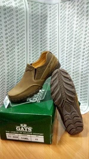 harga Sepatu pria santai terbaru gats ori murah berkualitas to 2205 camel Tokopedia.com