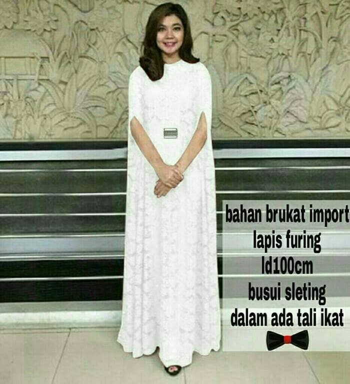 ... harga Titi kamal maxi kaftan gamis longdress cape brukat pesta baju  muslim Tokopedia.com de3f2bc923