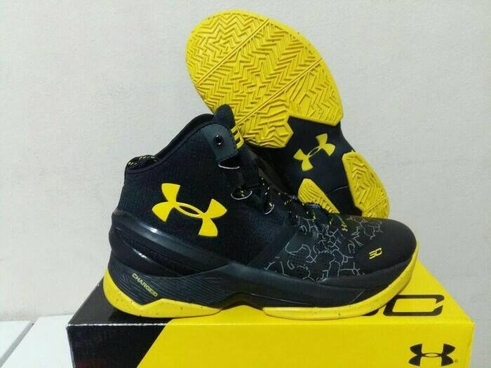 Jual sepatu basket under armour curry 2 black carbon Harga MURAH ... fb6d39abf3