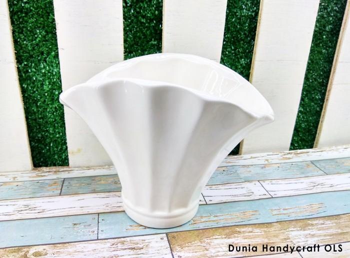 harga Vas / pot bunga keramik kerang Tokopedia.com