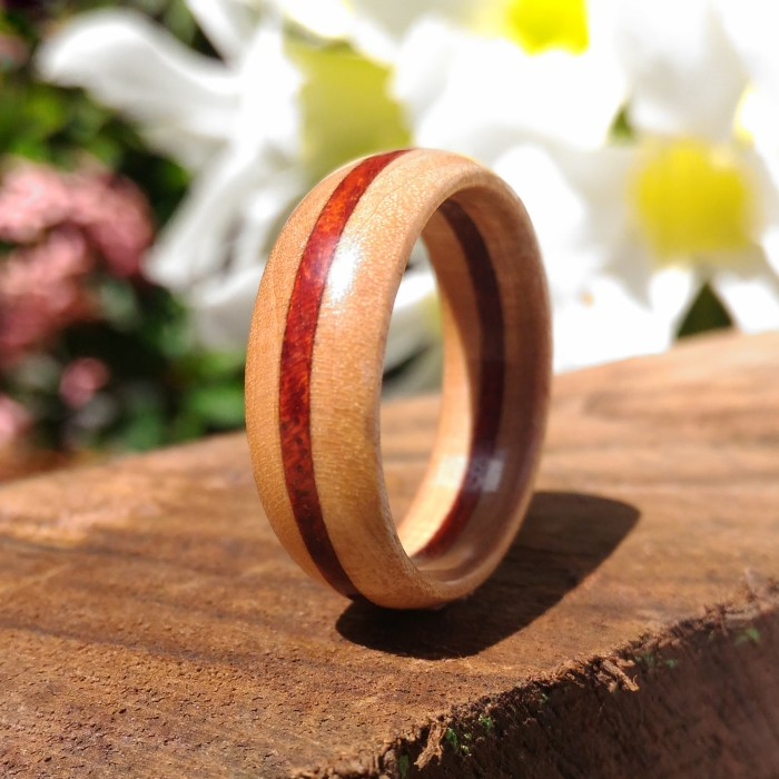 harga Cincin kayu. red heart+maple wood. wood ring. handmade Tokopedia.com