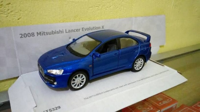 harga Diecast mobil mitsubishi lancer evo x sport miniatur kinsmart asli ori Tokopedia.com