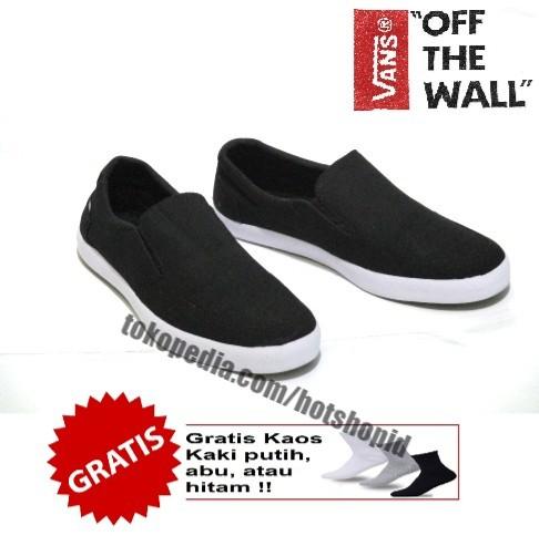 Sepatu slip on kanvas vans casual simpli full black harga ... b12fca07a5