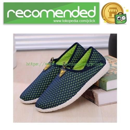 Sepatu slip on mesh pria size 42 - green/blue