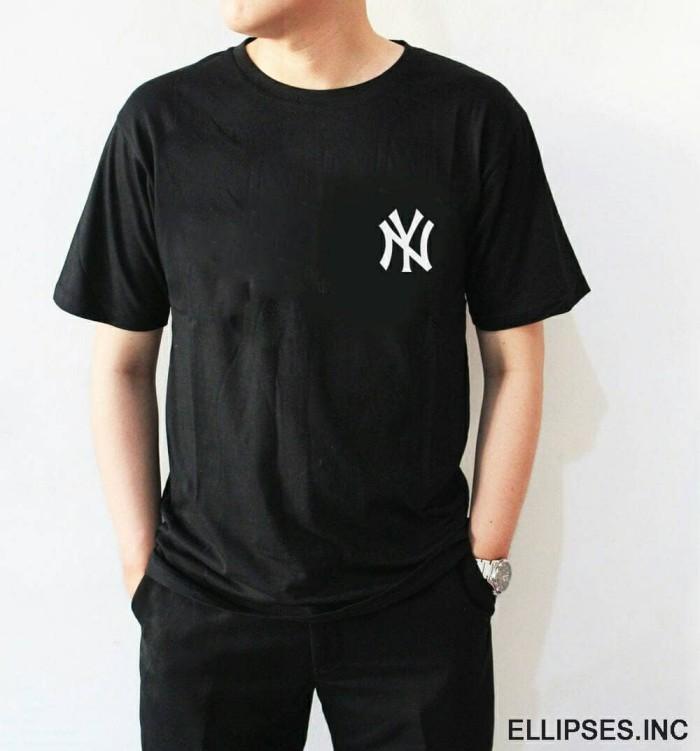Foto Produk Tumblr Tee / T-Shirt / Kaos Pria Lengan Pendek NY Warna Hitam dari Ellipses.inc