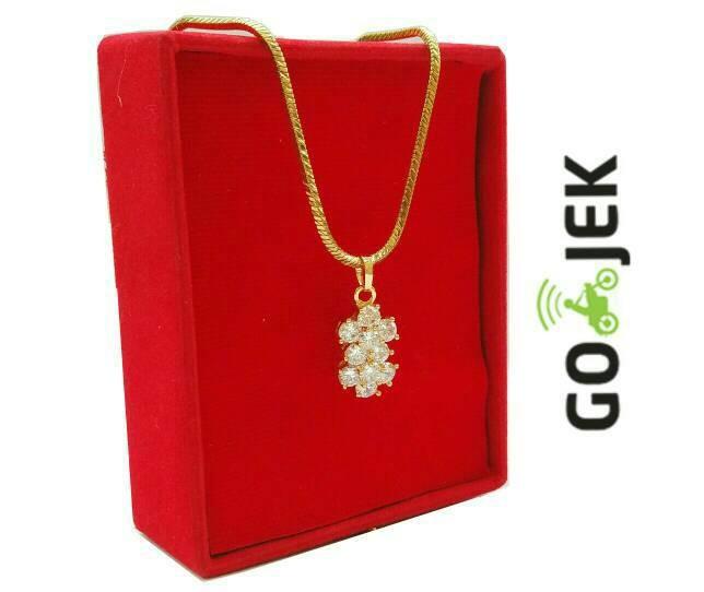 harga Kalung titanium wanita liontin cristal anti karat free box Tokopedia.com