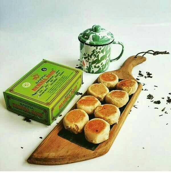 Foto Produk Bakpia Kurniasari isi 15 Lumer dimulut; Bakpia Kurnia Sari khas Yogya - Green Tea dari Sae'cho Store