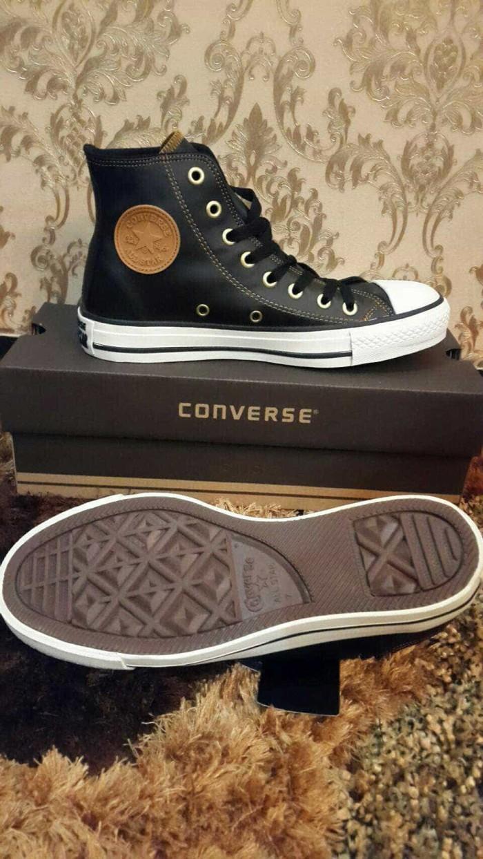Sepatu converse all star high leather harga Sepatu converse all star high  leather Tokopedia.com a0f0c8c03f