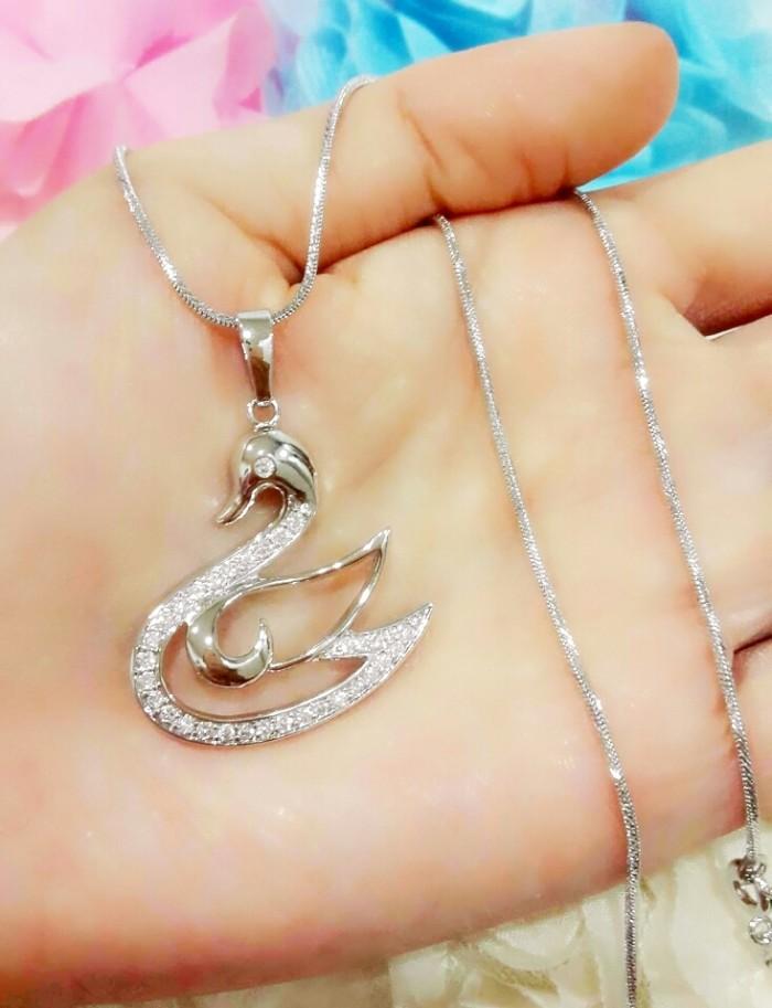 harga Kalung +liontin angsa mewah silver emas putih ( xuping ) Tokopedia.com