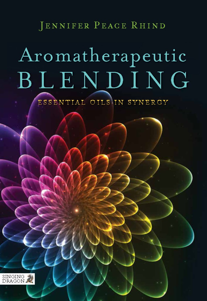 harga Aromatherapeutic blending: essential oils in synergy [ebook/e-book] Tokopedia.com