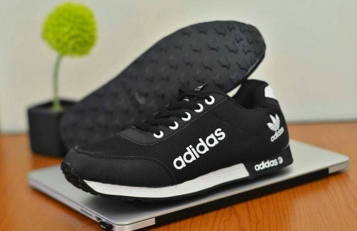 harga Bestseller sepatu pria casual main running snakers adidas neo new Tokopedia.com