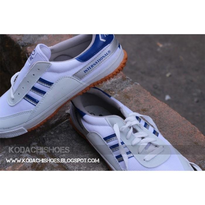 harga Sepatu capung kodachi 8116 ukuran 37 - badminton volley running Tokopedia.com