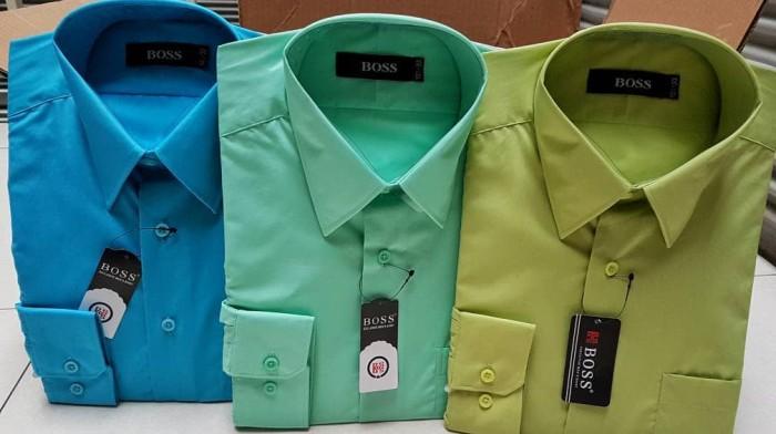 harga Diskon 35% kemeja boss polos panjang (biru hijau) size 14.5-16 Tokopedia.com